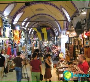 shops-Delhi-Outlets-and-market-in-Delhi