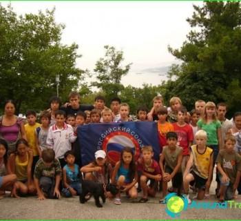baby-camp-in-Lazarevskoye-on-summer-baby