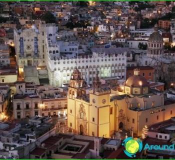 tourism-in-Mexico-development photo