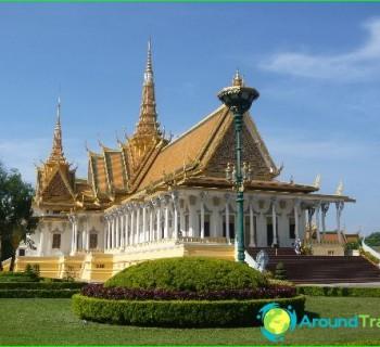 tourism-in-Cambodia-development photo