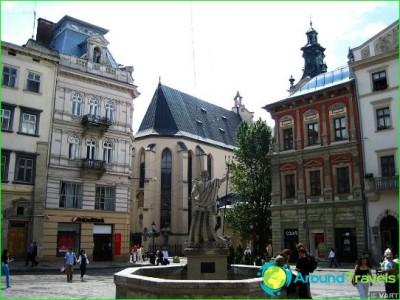 Tours of-lions-Ukraine-vacation-in-Lviv-photo tour