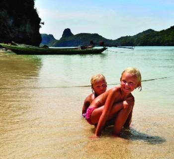 vacation-in-Thailand-with-children-photo-resorts