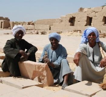 tradition-Egypt-custom photo