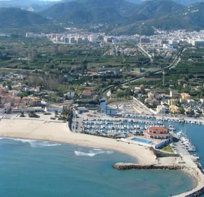 the suburbs of Valencia, photo's look