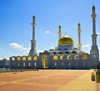 Features-Kazakhstan-communication-kitchen-tradition