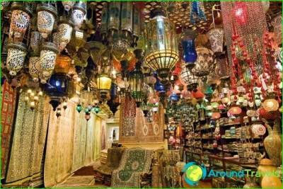 is buy-in-dubai-that-bring-from-Dubai-souvenirs