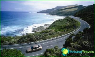 Rental-car-in-australia-rolled-into-car
