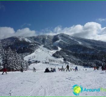ski resorts, japan photo-reviews-mountain-skiing