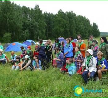 baby-camp-in-Krasnoyarsk-edge-to-summer-baby