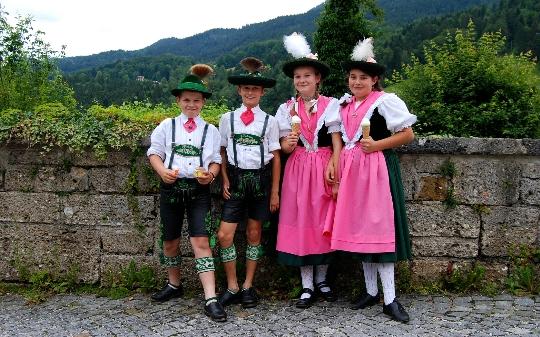 Deutsch Tradition Brauchtum Fotos