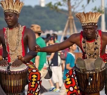 tradition-Angola-custom photo