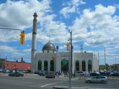 suburban-Toronto-photo's look