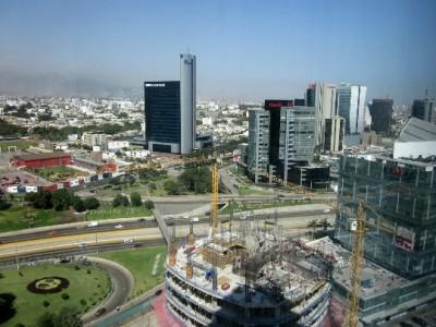 Capital-pen-map-photo-kind-in-the capital of Peru