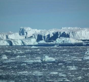 Sea-Amundsen-map-photo-Coast-Sea-Amundsen