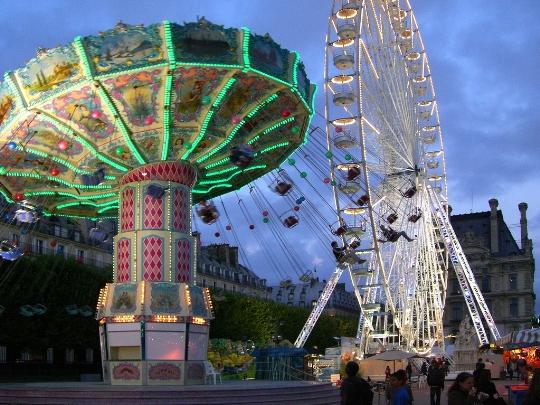 Attractions in paris photo entertainment amusement for Amusement parks in paris