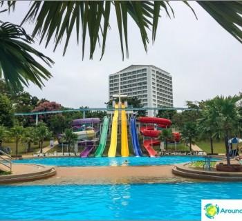 water-park-pattaya-park-cheap-and-tacky