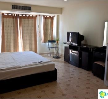 nice-apartment-pattaya-condominium-baanpoom