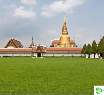 the-royal-palace-bangkok-and-temple-emerald-buddha