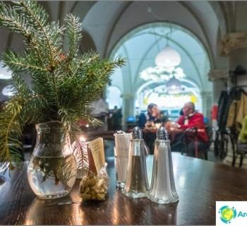 radnicni-sklipek-liberec-restaurant-basement-city-hall