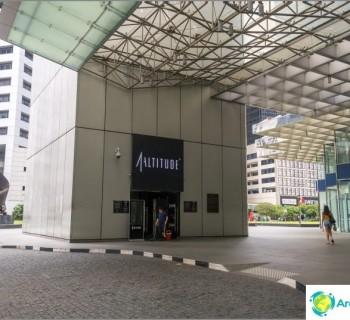 the-best-observation-deck-singapore-rooftop-bar-1-altitude