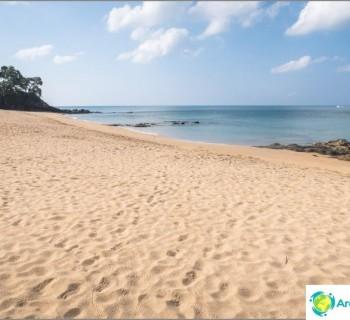 the-beach-nui-beach-nui-beach-decent-wild-beach-lanta