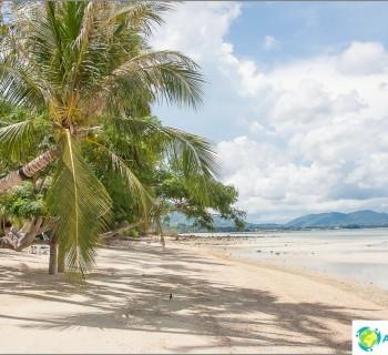 beach-laem-yai-beach-laem-yai-beach-which-only-appears-with-low-tide