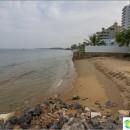 the-beach-near-mangrove-park-pran-kiri-beach