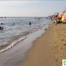 city-beach-bang-saen-bang-saen-beach-popular-with-thais