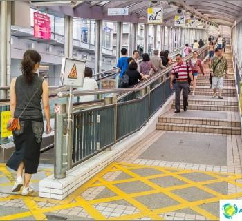 the-longest-escalator-world-mid-levels-escalator-hong-kong